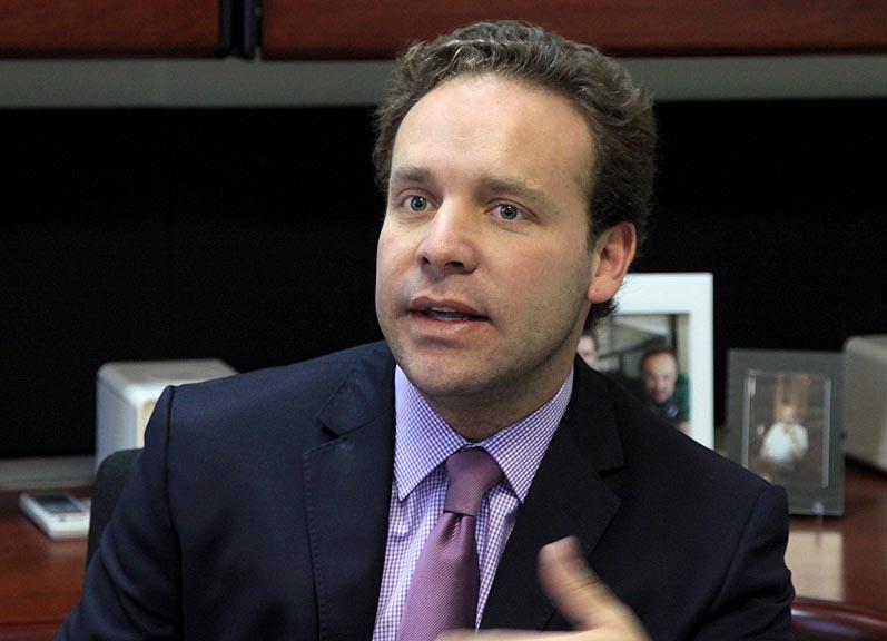 Alejandro Lozano Net Worth