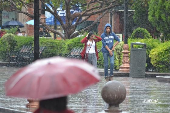 un-paseo-por-la-lluvia-slp-4