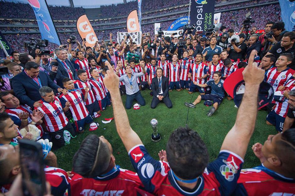 Resultado de imagen para chivas campeón 2017
